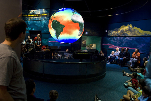 Science on a Sphere - Smithsonian Natural History